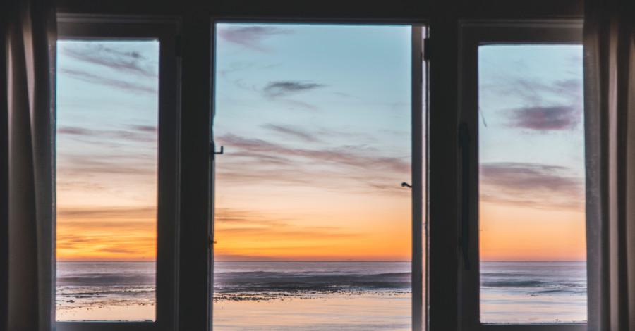 Bývajte krajšie s novými plastovými oknami