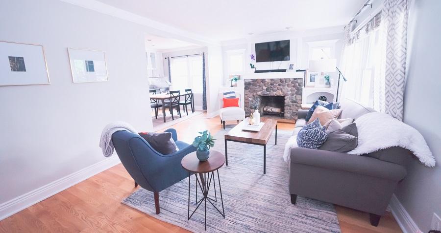 Ako vymaľovať obývačku? Biela je nestarnúca klasika!